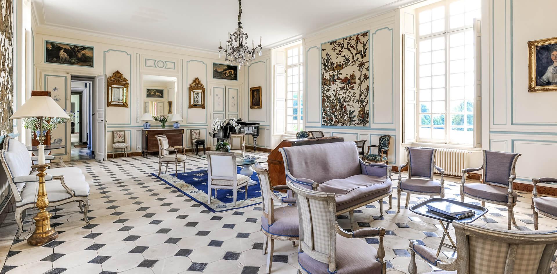 Salon de luxe dans le chateau